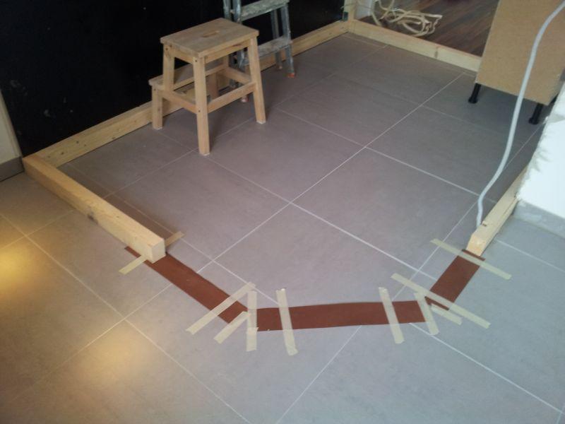 DIY // Sauna selber bauen: Start Holzkonstruktion | familiethimm.de