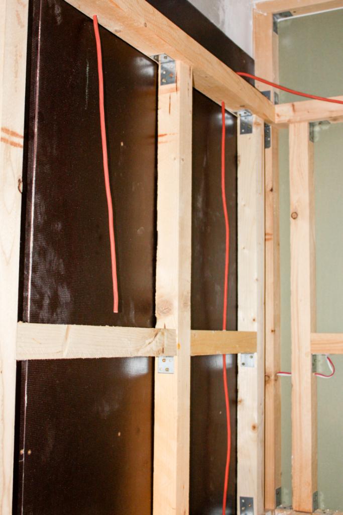 DIY // Sauna selber bauen: Verlegung Silikonkabel | familiethimm.de